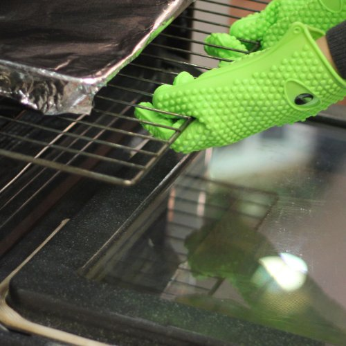 The Amazing Heat Resistant Silicone Kitchen And Bbq Gloves